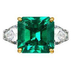 5.72 Carat Colombian Emerald Diamond Platinum Ring
