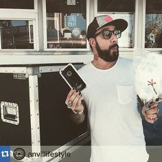 #Repost @anvillifestyle with @repostapp.・・・Spending a fun day with @skulleeroz #disney #anvillifestyle #anviliphone #iphone #ajmclean #anvilcases #Padgram