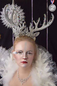 Christmas fantasy lash art competition 2nd Place Fantasy lash art, fantasy lashes, lash artist Cindy Nicholls iLashtique