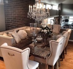 In love with this dinning room set up! Dining Room Sets, Dining Room Table Decor, Elegant Dining Room, Dining Room Design, Dining Room Furniture, Home Furniture, Living Room Decor, Interior Design, Home Interior