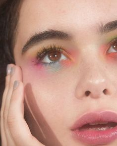 eyeshadow looks The neon eyeshadow trend is just what the doctor ordered! Be fun and daring this year, and get your vogue on with neon eyeshadow looks, ideas, and palettes! Makeup Goals, Makeup Inspo, Makeup Art, Makeup Tips, Beauty Makeup, Hair Makeup, Makeup Ideas, Prom Makeup, Runway Makeup