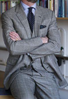 Details - April 29, 2014 RLPL 100% cashmere suit, Belisario MTM shirt, Althrupp & Peel wool tie, vintage Macclesfield silk PS,