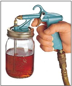 Critter spray gun for paint, stain and polyurethane. Genius design uses regular pint mason jars and connects to any air compressor. Konmari, Do It Yourself Baby, Pint Mason Jars, Painted Cups, Paint Stain, Cool Tools, Painting Tips, Glass Jars, Air Compressor