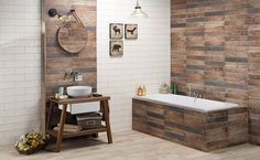 chalupářská koupelna Double Vanity, Police, Bathtub, House Design, Bathroom, Milan, Standing Bath, Washroom, Bathtubs