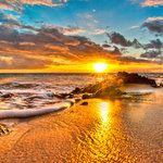 Hawaii, gathering at the beach