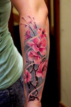 Cherry Blossom Tattoo - Was macht das asiatische Tattoo so beliebt? - Tattoo Stiles Cherry Blossom Tattoo - What Makes the Asian Tattoo So Popular? Cherry blossom tattoo as a female symbol Cherry blos Asian Tattoos, Trendy Tattoos, New Tattoos, Body Art Tattoos, Unique Tattoos, Fish Tattoos, Tatoos, Manga Florida, Tatouage Sublime