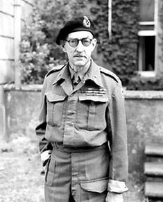 Major General Sir Percy Hobart, commander of Armoured Division, who was made responsible in March 1943 for the development of specialised armoured vehicles, known as 'funnies', to spearhead the assault phase of the invasion. Steampunk Ship, Home Guard, Royal Engineers, Man Of War, Major General, Ww2 Tanks, British Army, British Tanks, D Day