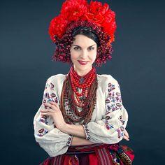 #УкраїнаМаєКрасу #UkraineHasBeauty Україна має красу. Таку морозну, таку пронизливу. Пишаймося разом. Vía Ukraine. Total Recall