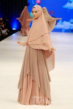 fashion-show-koleksi-sisesa_20160210_215158.jpg