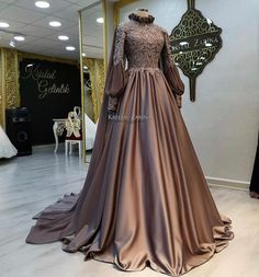 Dress With Sleeves Formal Modest Wedding Muslimah Wedding Dress, Muslim Wedding Dresses, Modest Wedding, Muslim Brides, Muslim Girls, Muslim Couples, Hijab Gown, Hijab Dress Party, Dress Prom