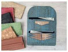 Diy Wallet, Card Wallet, Purse Wallet, Coin Purse, Denim Bag Patterns, Sewing Patterns, Clothing Patterns, Lucky Penny, Cork Fabric