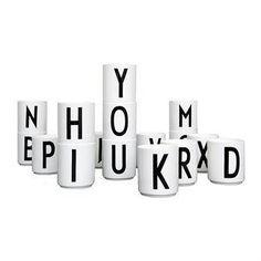 Design Letters -kuppi R