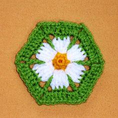 Ravelry: Daisy Hexagon pattern by Daniela Herbertz