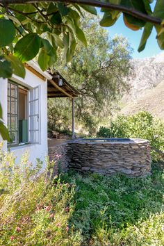 Escape to Tierhoek Cottages in Robertson for the ultimate relax - Lanalou Style Farm Cottage, Stone Walls, Prince Albert, Less Is More, Africa Travel, Outdoor Entertaining, Natural Materials, Italy Travel, Cabins