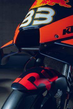 2020-KTM-RC18-Brad-Binder-MotoGP-21 Motogp Valencia, Royal Enfield Wallpapers, Ktm Factory, Motogp Race, Yamaha Motorcycles, Valentino Rossi, Motorcycle Bike, Travel Design, Outdoor Travel