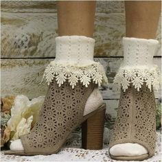 lace cuff socks - ivory DAISY lace cuff socks - ivory, cute socks for booties, how to wear bootie shoes for SpringDAISY lace cuff socks - ivory, cute socks for booties, how to wear bootie shoes for Spring Knee High Socks Outfit, High Socks Outfits, Sock Ankle Boots, Sock Shoes, Lace Socks, Lace Cuffs, Socks And Sandals, Bare Foot Sandals, Fall Booties