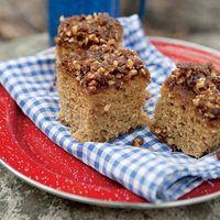 Middle Fork Coffee Cake   http://www.rachaelraymag.com/Recipes/rachael-ray-magazine-recipe-search/side-dish-recipes/middle-fork-coffee-cake
