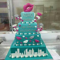 Mono chrome xoxo birthday cake Gossip Girl inspired party