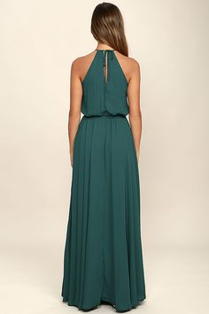 Be the foremost authority in comfy fashion with the Essence of Style Forest Green Maxi Dress! A tying apron neckline with back cutout tops a drawstring waist, and flowy maxi skirt with side slit.