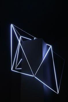 Carlo Bernardini, Ecliptic Orbit 2011; Tesla coil, micro neons of 3 mm (diameter), cm h 100x180x90; Principia - Stanze e sostanze delle arti prossime, Padiglioni Molecolari, Piazza Duomo, Milan.
