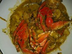 Curry crab n dumplings Best Seafood Recipes, Crab Recipes, Indian Food Recipes, Ethnic Recipes, Conch Recipes, Drink Recipes, Easy Recipes, Trinidadian Recipes, Guyanese Recipes