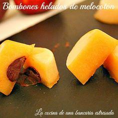 Receta de bombones helados de melocotón, receta paso a paso y con fotografías.