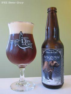 Cerveja Rescousse, estilo Altbier, produzida por Brasserie Dieu du Ciel, Canadá. 5.3% ABV de álcool.