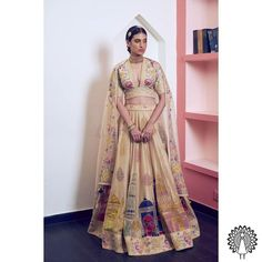 girls! The Bridesmaids are not to be ignored, this wedding season. After all, they are the ones stealing the spotlight after the couple getting married. In an Indian traditional wedding, there are a number of ceremonies to be held apart from the wedding. So, VenueMonk brings you some apparel trends, straight from the ramp! Let's have a look: Bridesmaid Outfit, Bridesmaids, Traditional Wedding, Wedding Season, Getting Married, Sari, Glamour, Indian, Couples