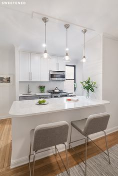 Browse kitchen countertops from quartz, granite, butcher block, and more to incorporate in your kitchen remodel. photo from Sweeten