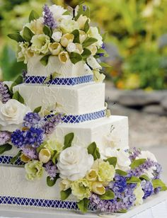 Sylvia Weinstock Cakes - think I love this most of all with variations on the flowers to match the rose bouquet