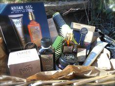 Nashi Argan prodotti per capelli styling olio di Argan, spazzole pettini professionali  tek ceramica e legno made in italy creme mani cicatrizzanti, amanda marzolini fashion beauty blogger, the fashionamy,