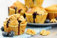 Old-Fashioned Oatmeal Blueberry Muffins Blueberry Oatmeal Muffins, Blue Berry Muffins, What's For Breakfast, Breakfast Dishes, Breakfast Healthy, Breakfast Recipes, Muffin Recipes, Cupcake Recipes, Bread Recipes