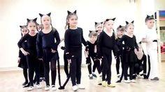 Танец маленьких котят, Детский Мюзик-Холл, г.Казань, Эклектик-студио Physical Activities, Preschool Activities, Kid N Play, Dancing Baby, Welcome To The Jungle, Chant, Dance Studio, Zumba, Music Publishing