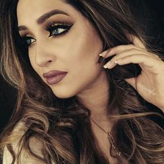 A Flawless Look by (& Worn By) Nazan Asghar ♡♥♡♥♡♥  #beauty #makeup #flawless #glam