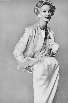 Sunny Harnett, photo by Irving Penn, Vogue, September 1952.