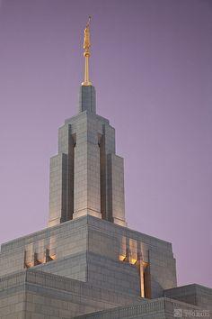 Draper LDS Temple Steeple - http://www.everythingmormon.com/draper-lds-temple-steeple/  #mormonproducts #LDS #mormonlife