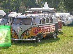 I was going through my iPhoto library the other day and could not believe how many shots I had of random VW Camper Vans. Volkswagen Bus, Vw T1, Vw Camper, Campers, Photo Library, Samba, Custom Cars, Concept Cars, Cars And Motorcycles