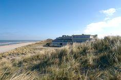 ****West Cord Strandhotel Seeduyn - Rustig gelegen, midden in de duinen van Vlieland! Je wandelt zo vanuit het hotel het strand op. Heerlijk...