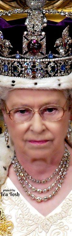 ❇Téa Tosh❇ Queen Elizabeth II