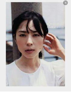 深津絵里 Japanese Icon, Japanese Beauty, Asian Beauty, Beautiful Images, Beautiful Women, Person Drawing, Mood Images, Fashion Graphic, Aesthetic Photo