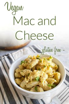 10 Most Misleading Foods That We Imagined Were Being Nutritious! Super Creamy Vegan Mac And Cheese Nut Free, Gluten Free - This Vegan Macaroni And Cheese Is Sure To Take You To Your Happy Place Made Without Nuts. Easy Pasta Recipes, Vegan Dinner Recipes, Vegan Dinners, Vegan Recipes Easy, Vegetarian Recipes, Free Recipes, Noodle Recipes, Vegetarian Cooking, Vegan Food