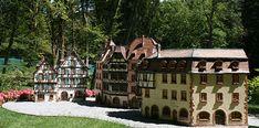 Le Parc Miniatures est une sortie insolite pour découvrir les grandes œuvres architecturales de Lorraine et d'Alsace à une autre échelle. Un savoir faire familial à Plombières-les-Bains à visiter de 10 a 18 h.