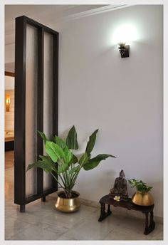 tiniali the east coast desi: Sophisticated Simplicity.looks so clean typical home in India with floors and all Ethnic Home Decor, Indian Home Decor, Diy Home Decor, Sala Zen, My Living Room, Living Room Decor, Indian Interior Design, Indian Interiors, Pooja Rooms