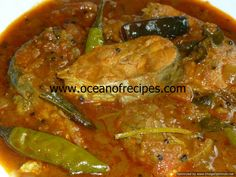 Mutton curry with broad beans (Chikkudukaya mutton curry) Indian Chicken Recipes, Goan Recipes, White Fish Recipes, Curry Recipes, Indian Food Recipes, Cooking Recipes, Tamarind Fish Curry, Kerala Fish Curry, Chicken Karahi