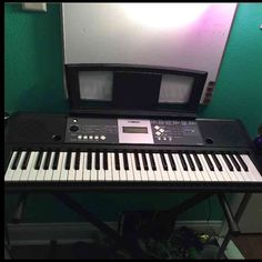 Yamaha keyboard New. Only played a couple times. Comes with stand and music stand Yamaha Other