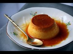 Hola cocinillas hoy veremos Cómo hacer flan de huevo con caramelo casero facilisimo, una receta de postre tradicional español con huevo, leche, azucar y cara...