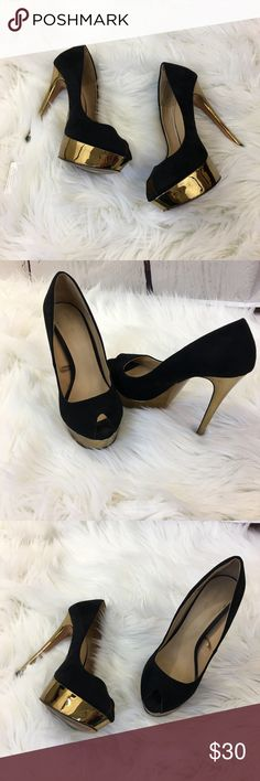 """Zara Basic Gold Black Peep Toe Heels Zara black peep toe tall stiletto heels with gold platforms and heels. Size 40 euro. They run small in my opinion, closer to a 9. Heel height measures 5.5"""". Very good condition. Zara Shoes Heels"""
