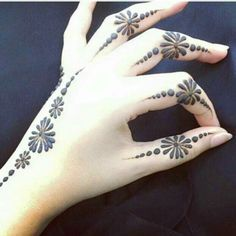 Finger Henna Designs, Stylish Mehndi Designs, Mehndi Designs For Beginners, Bridal Henna Designs, Mehndi Design Pictures, Mehndi Designs For Fingers, Beautiful Mehndi Design, Best Mehndi Designs, Henna Tattoo Designs