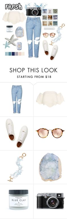 A fashion look from June 2016 featuring short sleeve tops, ripped boyfriend jeans and white leather shoes. Browse and shop related looks. Mom Jeans Outfit Summer, Summer Outfits, White Leather Shoes, Ripped Boyfriend Jeans, Stay Fresh, Jean Outfits, White Tops, Balmain, Jimmy Choo