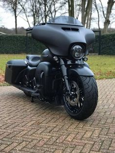 Harley Bagger, Harley Bikes, Motorcycle Clubs, Motorcycle Garage, Harley Davidson Street Glide, Harley Davidson Bikes, Concept Motorcycles, Iron 883, Custom Harleys